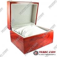 Деревянная коробка для часов.